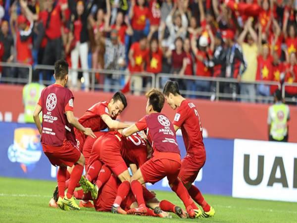 Bóng đá Việt chiều 21/9: Việt Nam rơi vào bảng đấu nặng tại AFF Cup